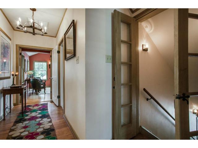 1920-W.-Colorado-Hallway