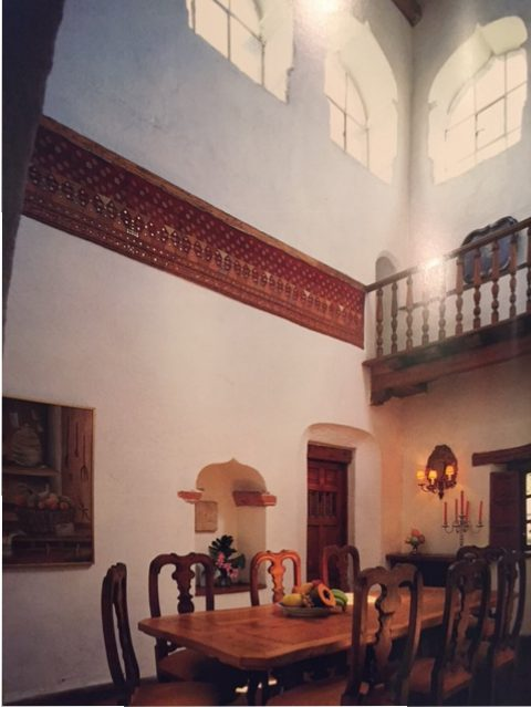 Minstrel's gallery above this dining room installed in the former watchtower of an 18th century home in Tizapán, southern part of México City. (Photo: Tim Street-Porter from Casa Mexicana)