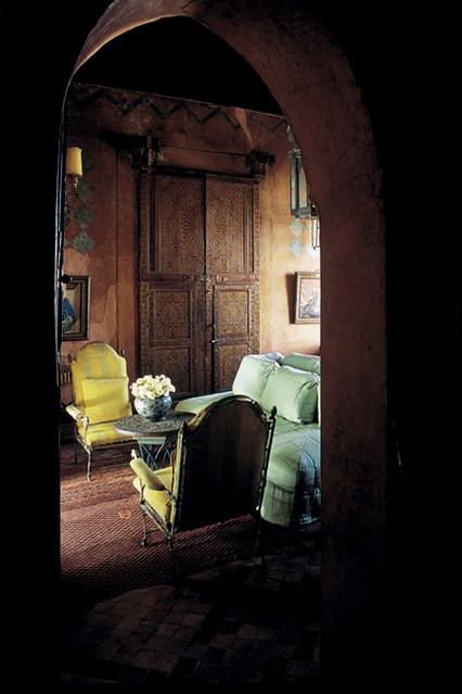 Interior design by Bill Willis.