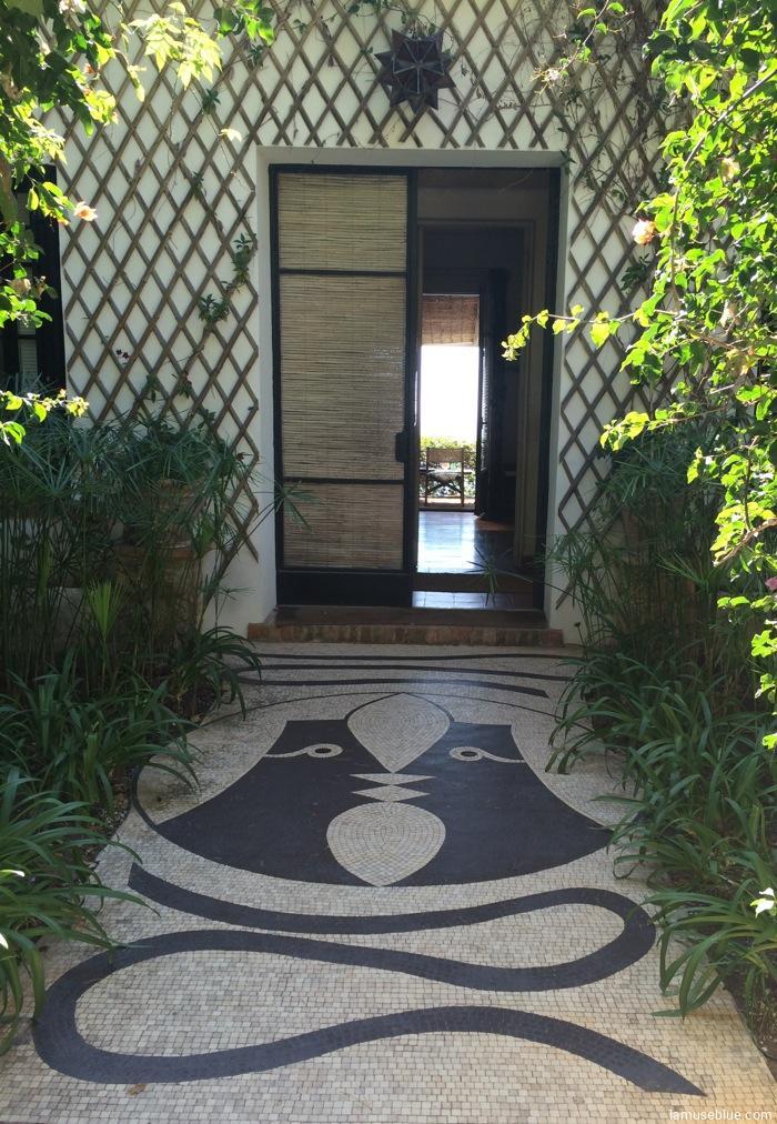 Jean Cocteau's tile mosaic leading up to the Villa Santo Sospir, Cap-Ferrrat. (Photo: lamuseblue.com)