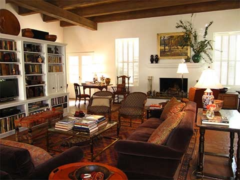 Tucson living room by Casa V Interiors. (Photo: Alex Leyton)