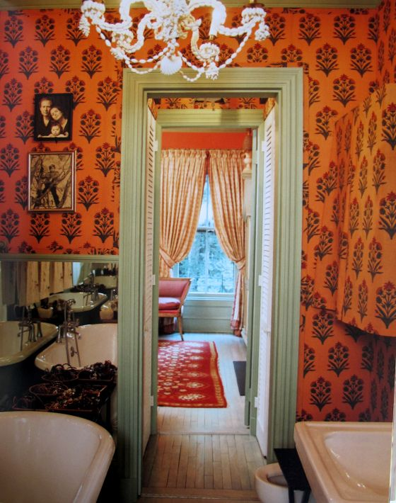Her bathroom at one point. (Photo: The World of Muriel Brandolini, Rizzoli.)