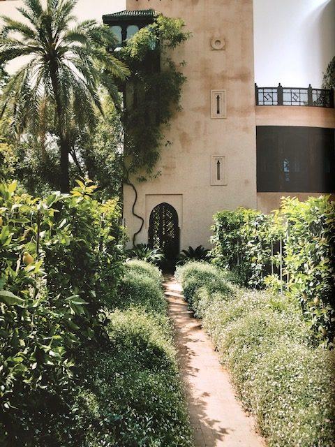 Garden path to the side entrance of the main villa. (Photo: Eric Boman)