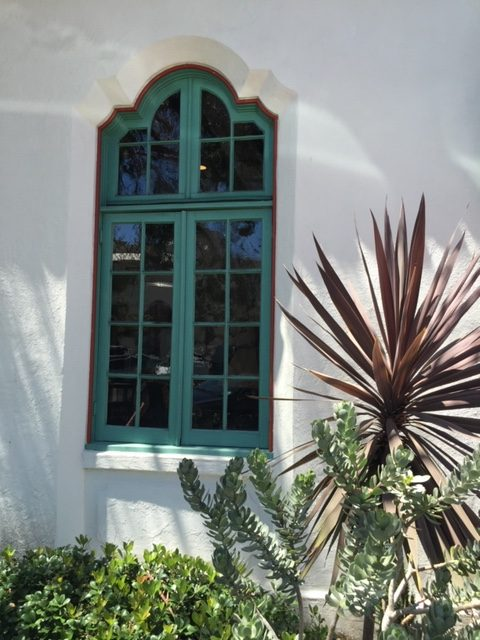 The color combination sen on the fantastic windows appears to have come from the landscaping.