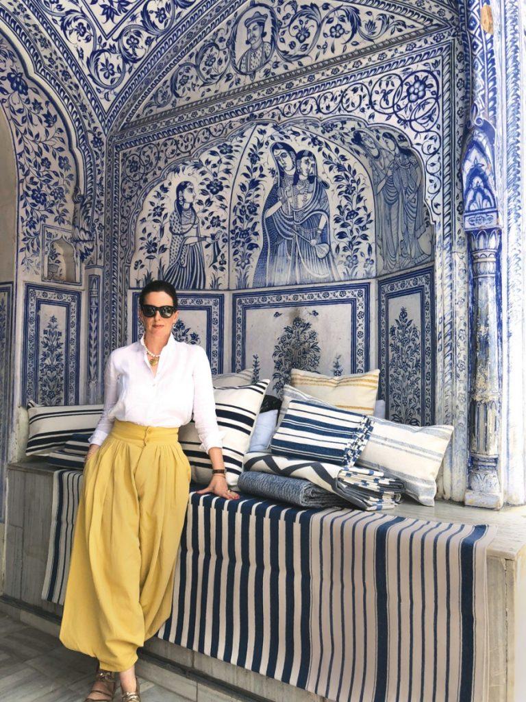 The epitome of glamour - Elizabeth Morrison.